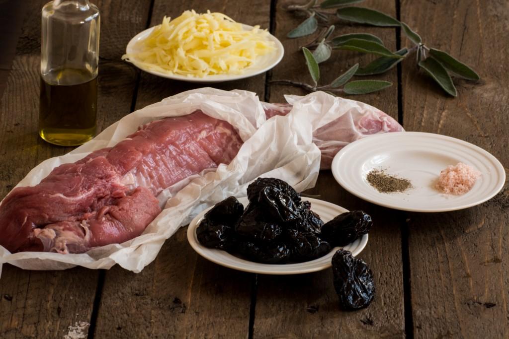 Stuffed tenderloin ingredients