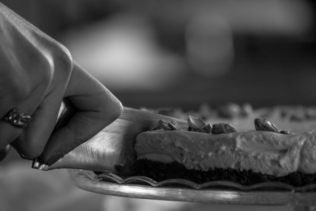 Slicing - cheesecake