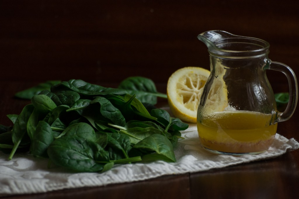 Baby spinach & dressing