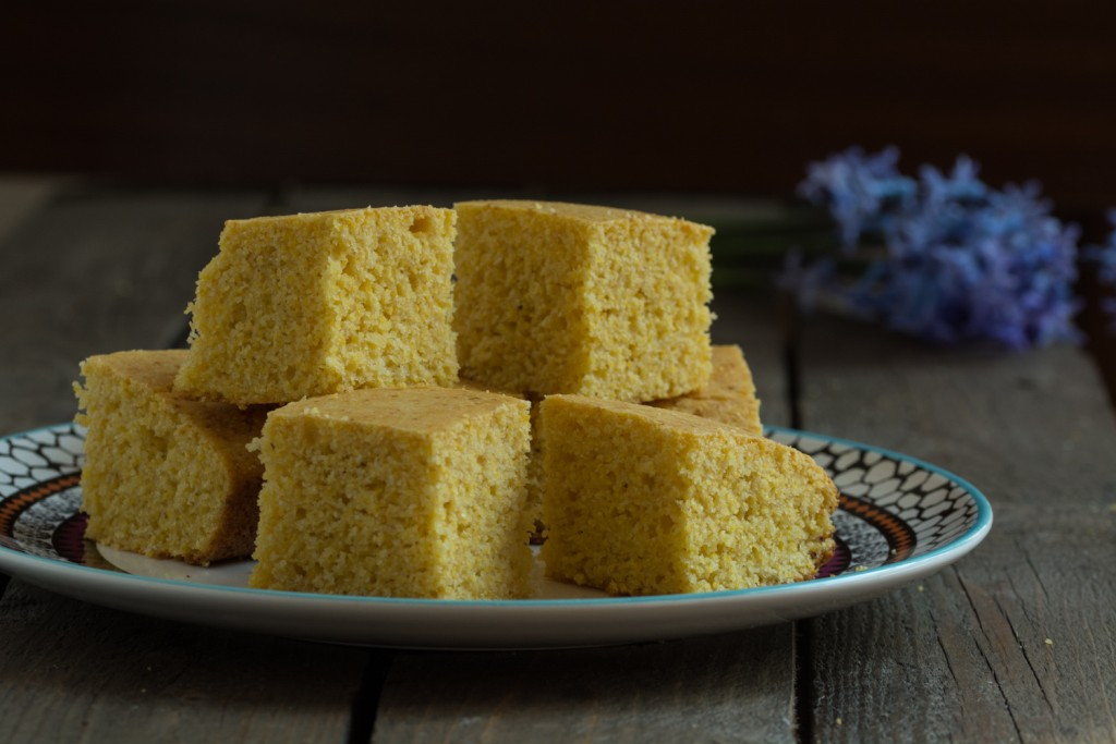 Cornbread slices