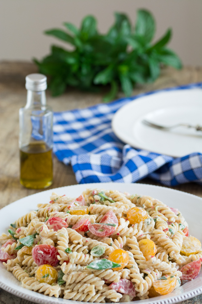 Fusilli and cherry tomatoes salad