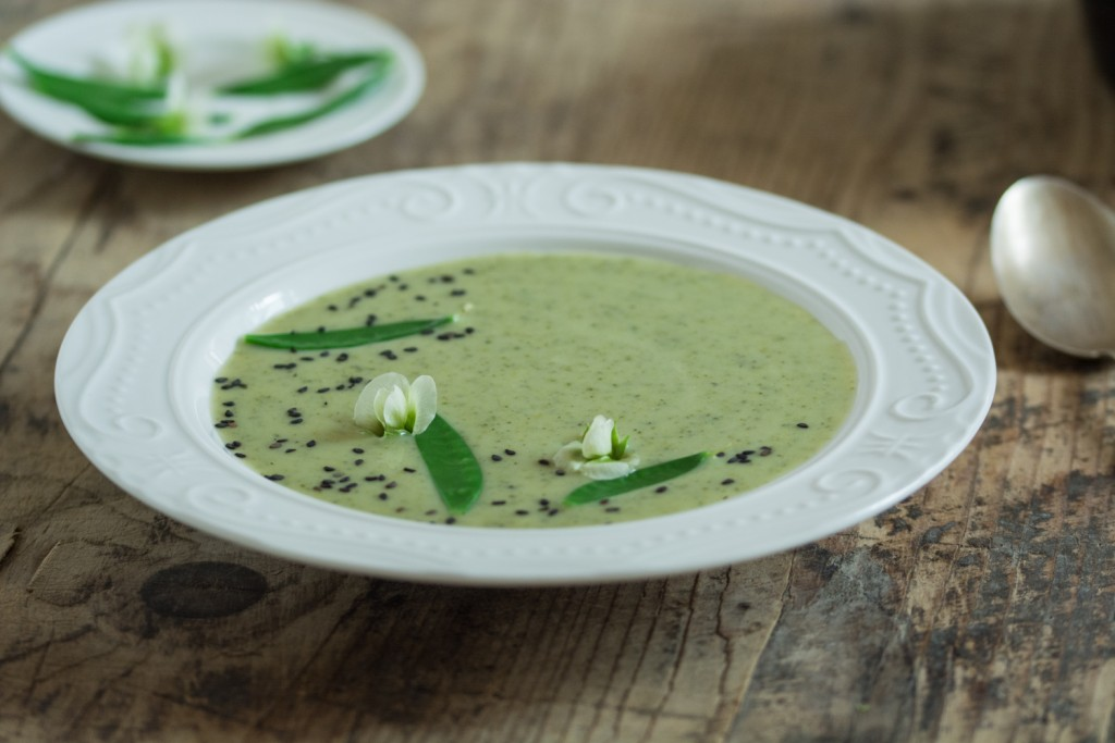 Minty brocolli soup