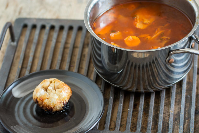 Soaup & roasted garlic