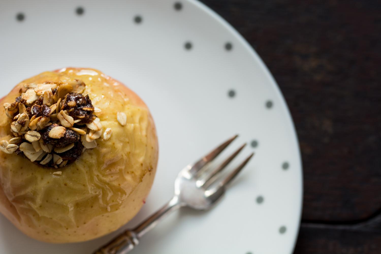 oatmeal-baked-apples