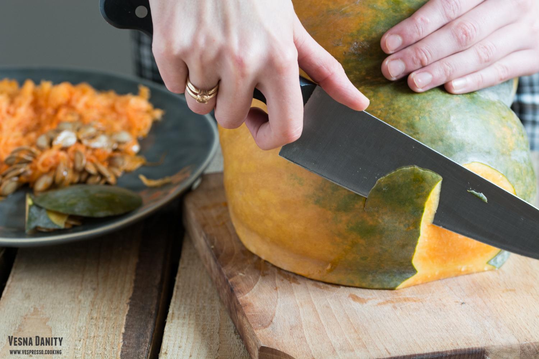 peeling-pumpkin